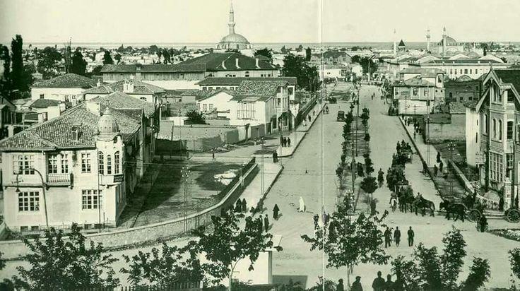 Konya Mevlana Caddesi