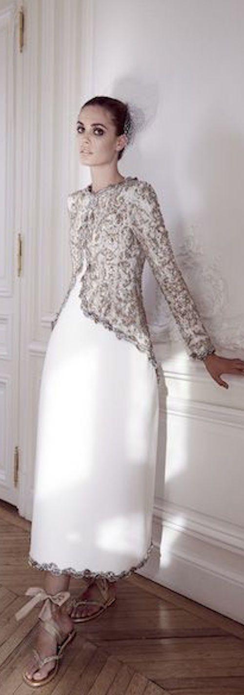 Chanel. Unique bridal look