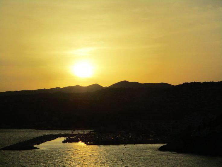 Sunset by SlichoArt on DeviantArt
