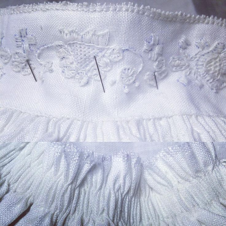 Monterer skjorte. #stripederynker #håndsøm #jåbergskjorta #attersting #stoppegrunn #austmannarenning #kjedesting #stilkesting #lin #svelvikhusflidslag #bunad #vestfoldbunad #1932modellen #husmorpoeng #densomgirsegerendritt #konfirmant2017 #embroidery #norway