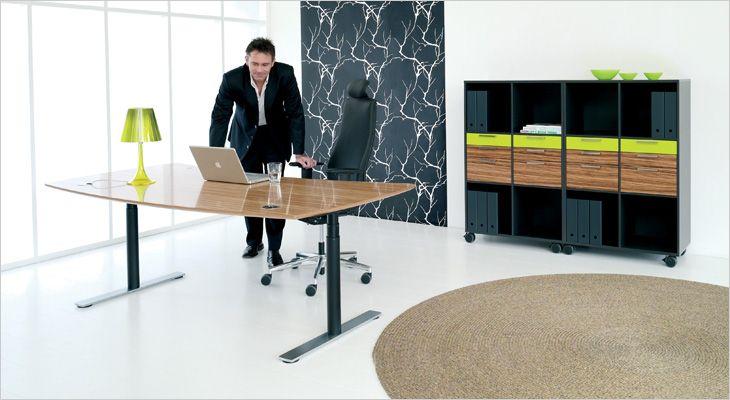 Holmris X12 working desk. Skrivebord, hæve/sænkebord.