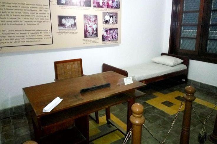 Ini Tempat Tidur dan Kursi yang Digunakan Obama Kecil di Yogyakarta. - Kompas.com