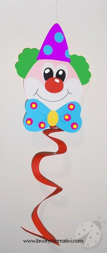 Festoni di Carnevale a spirale con pagliaccio