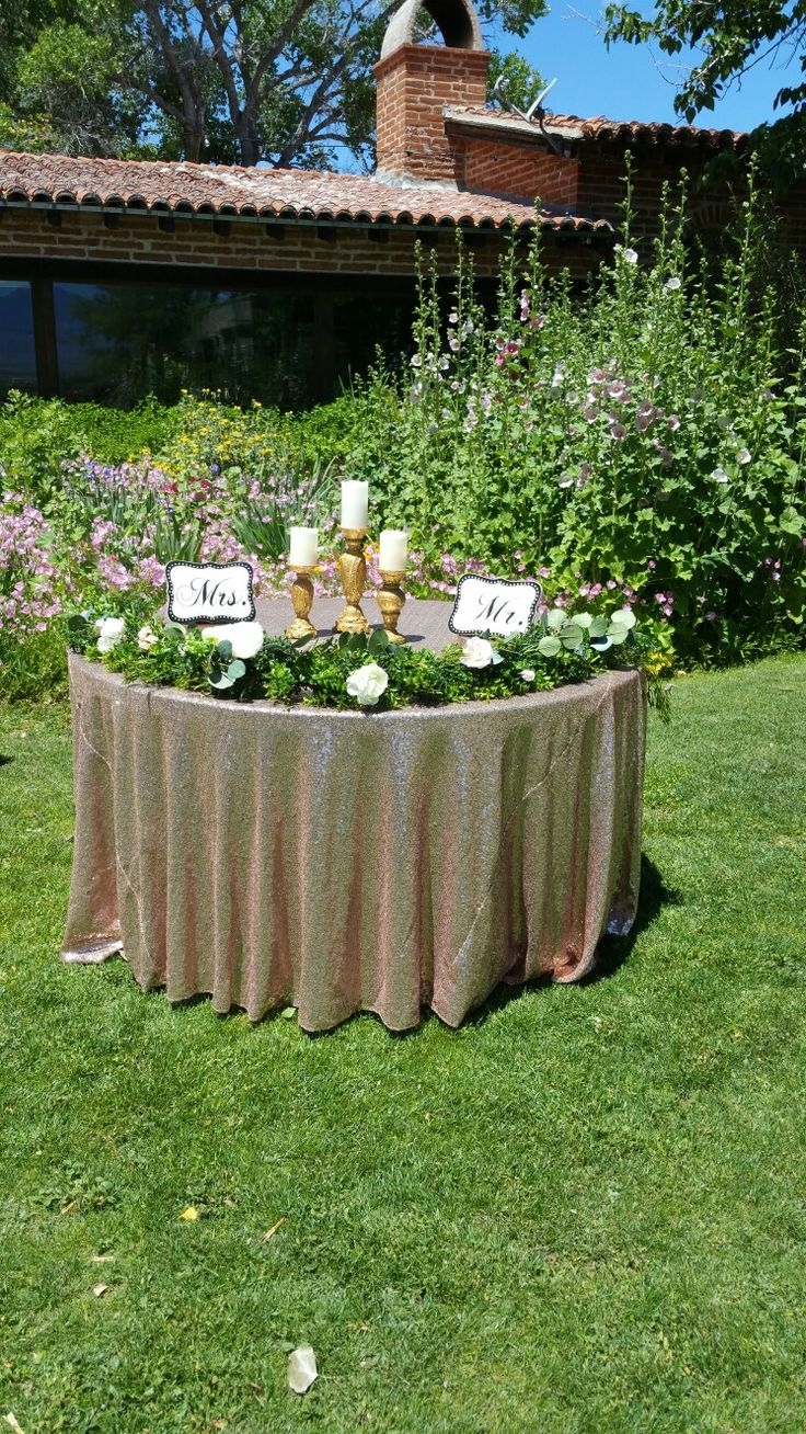 SweetHeart Table Setup by: Elite Wedding Decor