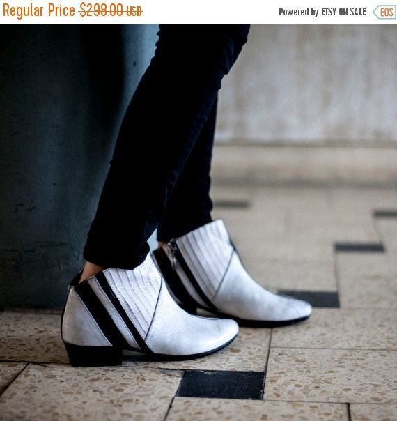 Winter Sale White Tess boots women boots women by LieblingShoes