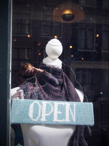 """Knitted """"open"""" sign.: Yarns Stores, Dream Yarns, Stores Idea, Imaginary Yarns, Knits Signs, Decoration Idea, Open Signs, Shops Idea, Knits Open"""