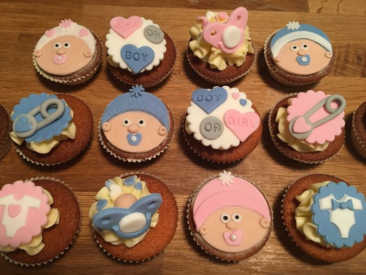 Baby Shower Cupcakes Gender reveal baby face dummy buttons