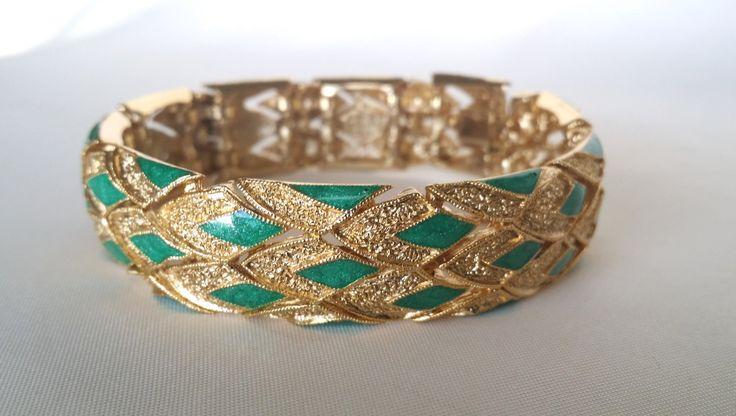 Bracelet articulé vintage Balenciaga avec fermoir - maillons serrés articulés en laiton doré cloisonnés d'émail de la boutique ricomontmartre sur Etsy