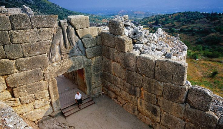 Just about an hour away from Loutraki, you will find one of the most important archaeological sites of Greece. Mycenae is the largest and most important center of the civilization that dominated mainland Greece, the Aegean islands, and the shores of Asia Minor during the late Bronze Age era!