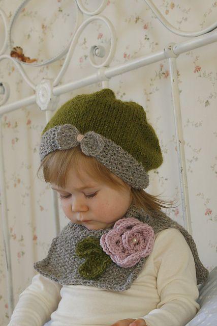 Ravelry: Muki Esnaf tarafından tığ çiçek deseni ile hımbıl yay şapka Veera ve kaporta / boyun sıcak seti