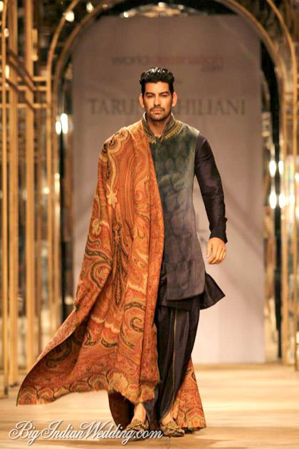 Tarun Tahiliani at India Bridal Week 2013