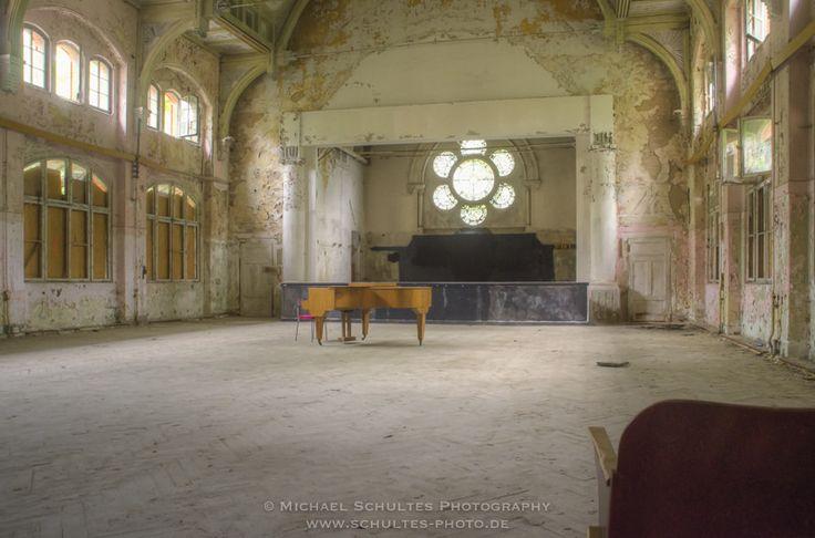https://flic.kr/p/H7nAKY   Fluegel_MSC8038_40   Kein Spieler, kein Zuhörer . . . © Michael Schultes