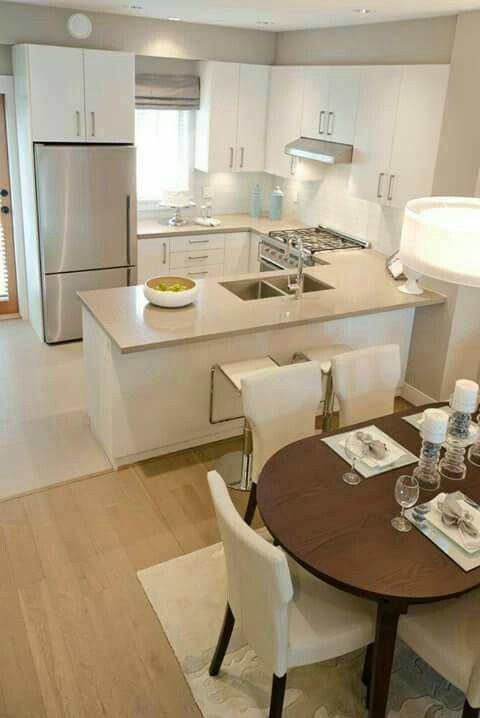 sala/cozinha integrados. Projeto lindo e simples!