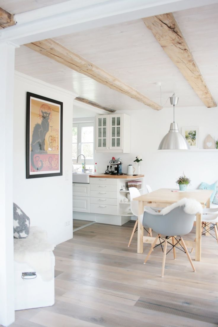 die besten 25 holzbalken decke ideen auf pinterest decke balken deckengestaltung und k che holz. Black Bedroom Furniture Sets. Home Design Ideas