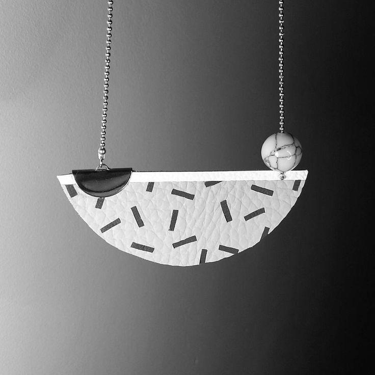 """31 """"Μου αρέσει!"""", 1 σχόλια - Amandine Dine (@tantot_bijoux) στο Instagram: """"Sautoir Memphis avec perle en howlite marbrée ○● #tantotbijoux #cuir #leather #marqueterie…"""""""