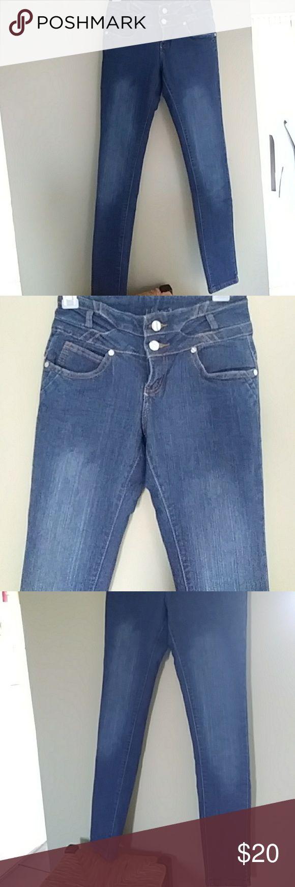 La Bonita skinny jeans Wore x2..dark blue skinny jeans makes ur rear end look big. La Bonita Jeans Skinny