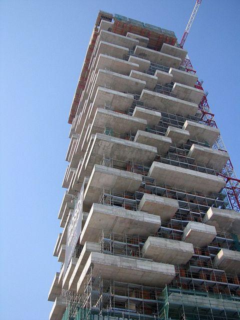 Gli ambiziosi #progetti dei #giardini verticali | #grattacieli #Milano #curiosità