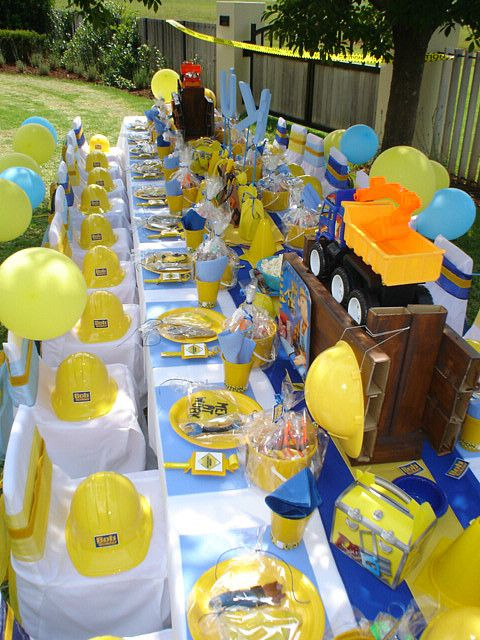 """Bob the Builder"" Table by Treasures and Tiaras Kids Parties, via Flickr"