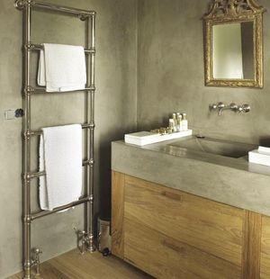 Badkamer idee met betonnen wasbak. Cedante.nl