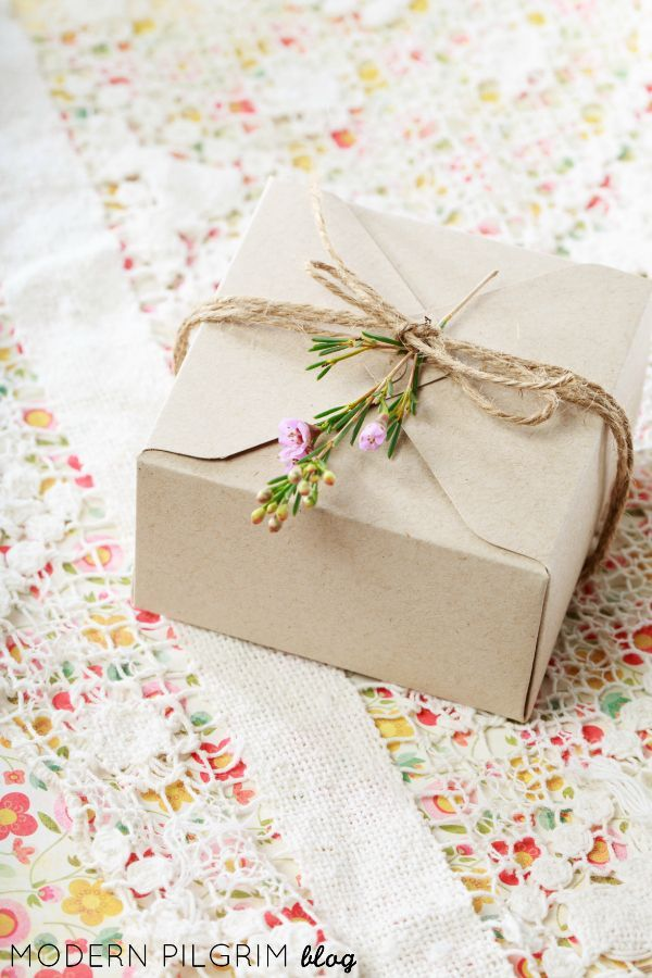 Simple Gift Wrap with Craft Paper Twine