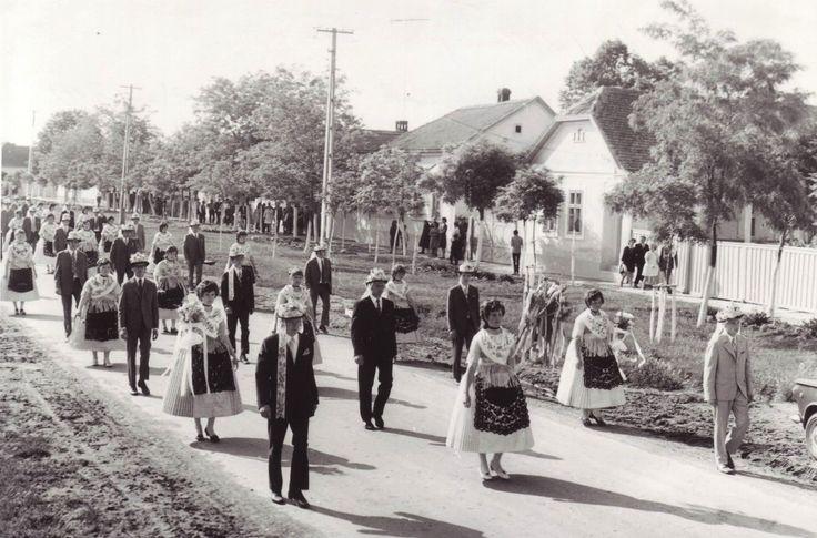 Textesammelsurium eines Banater Schwaben: Mai 2012. Kirchweihfest in Jahrmarkt 20./21./22. Mai 1972 Romania