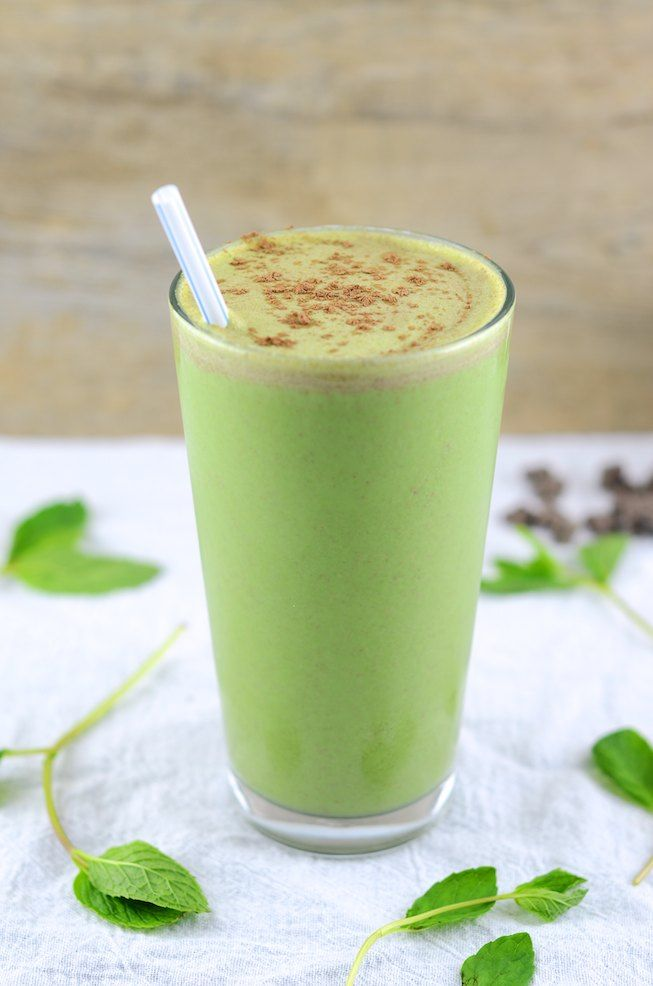 Healthy Thin Mint Smoothie by girlmakesfood #Smoothie #Thin_Mint #Healthy
