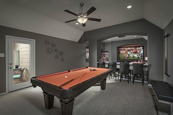 Transitional Game Room with Cathedral ceiling, Carpet, Ceiling fan, flush light