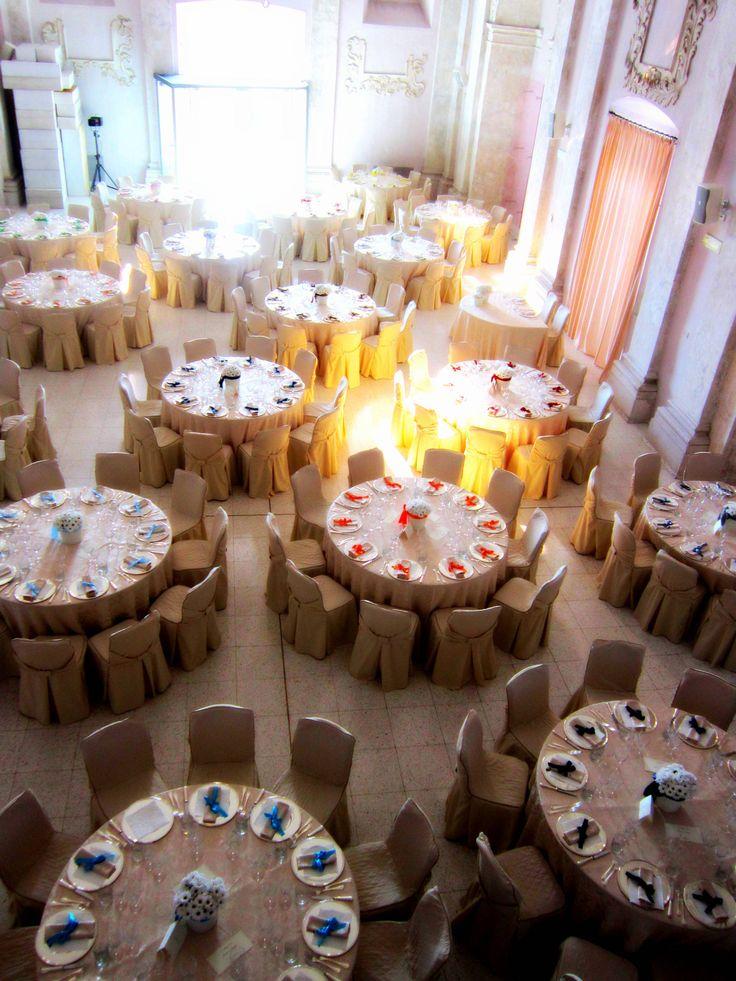#Dipingiamo il mondo di #colore. #Nozze #arcobaleno #wedding #rainbow #blue #orange #yellow #multicolor www.castellodegliangeli.com