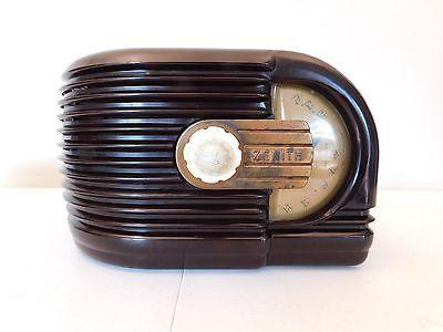 VINTAGE-1940-OLD-ZENITH-ART-DECO-ANTIQUE-DEPRESSION-ERA-BAKELITE-TUBE-RADIO