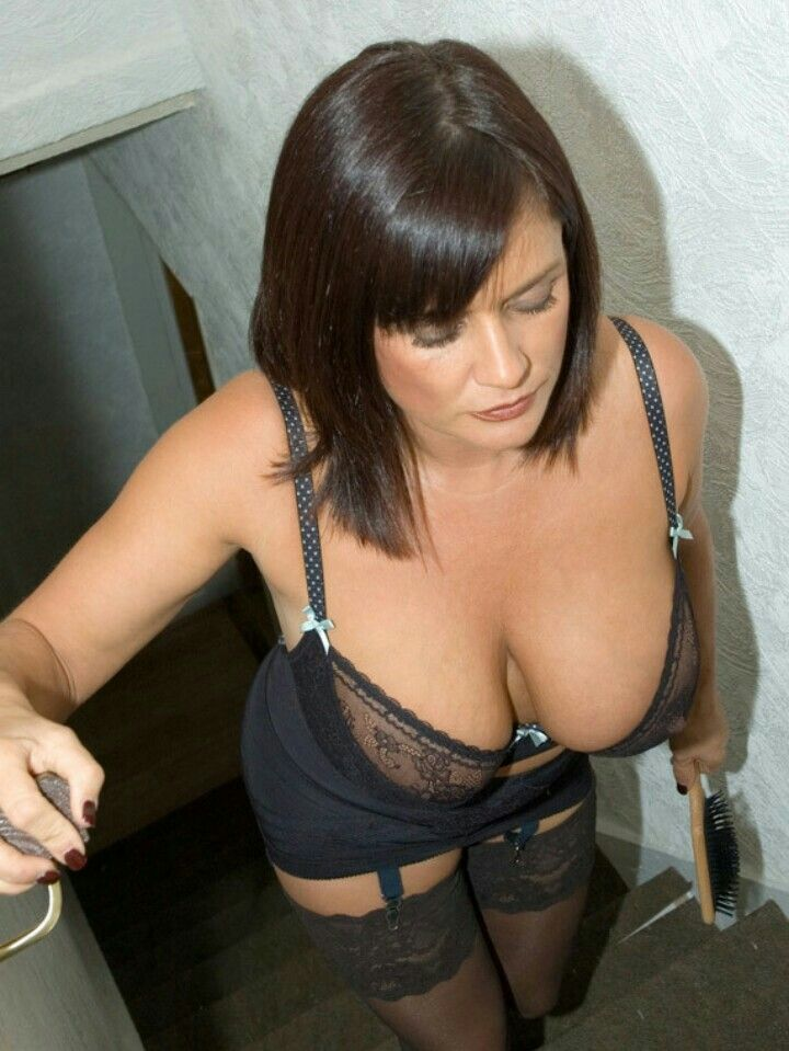 Can sexy milf spank once fucked
