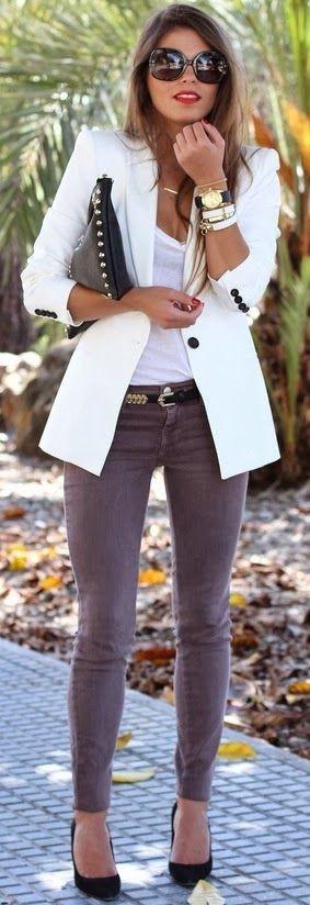 20758848256337398 White V Neck Shirt, Gray Skinny Jeans, Black Pumps, White Blazer