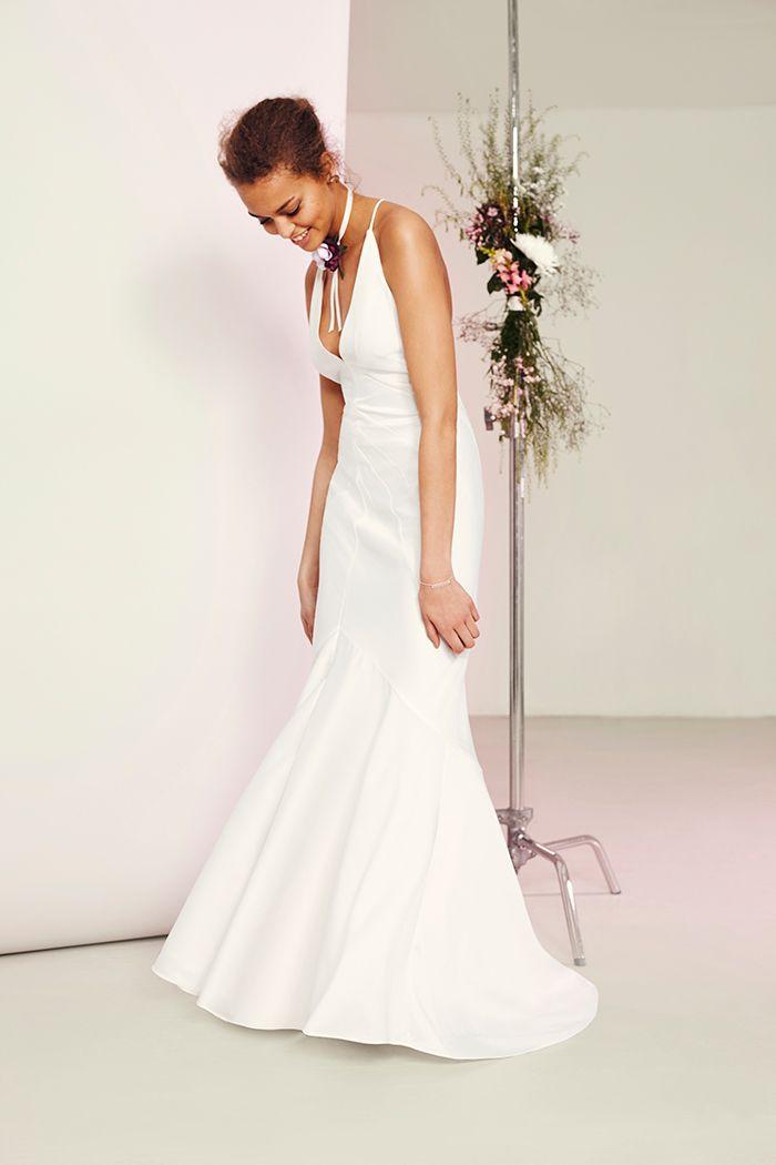 14 best Vera Wang Wedding images on Pinterest   Short wedding gowns ...