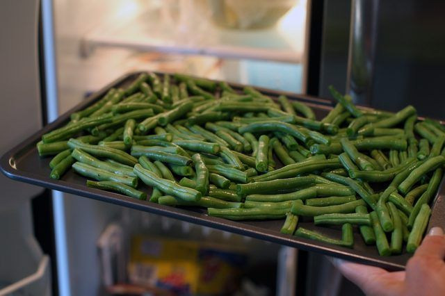 How to Dehydrate Green Beans for a Snack (with Pictures) | eHow
