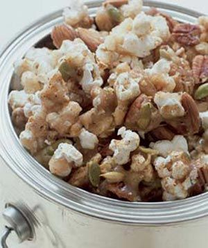 Nutted Popcorn/ sweet, spicy, nutty goodness and it's prettyfsat to make....