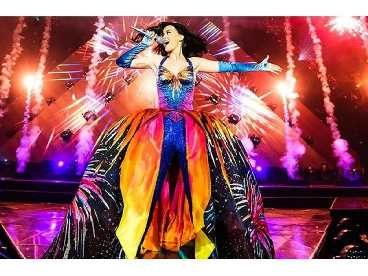 """La cantante realizará su primer concierto en Panamá como parte de su gira mundial """"Prismatic World Tour""""en la Plaza Figali."""