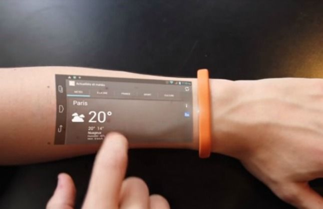 This touchscreen wearable could replace your smartphone.