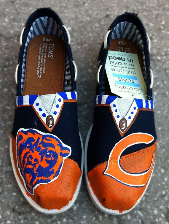 Chicago Bears NFL Shoes by CrystalsCreativeShop on Etsy