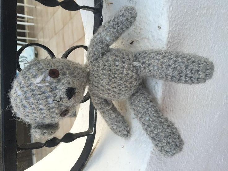 Found on 25 May. 2016 @ Alvor, Portugal. Found in a side street near the Luna Alvor Village Hotel. Visit: https://whiteboomerang.com/lostteddy/msg/41v2fz (Posted by Steve on 25 May. 2016)