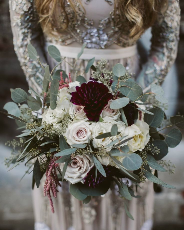 17 Jaw Dropping Winter Wedding Bouquets Winter Wedding Bouquet Wedding Flowers Winter Wedding Flowers