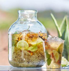 Bylinkový ledový čaj  Více na: http://www.tchiboblog.cz/ledove-caje/?utm_source=facebook&utm_medium=post&utm_term=150606&utm_campaign=LedovyCaj