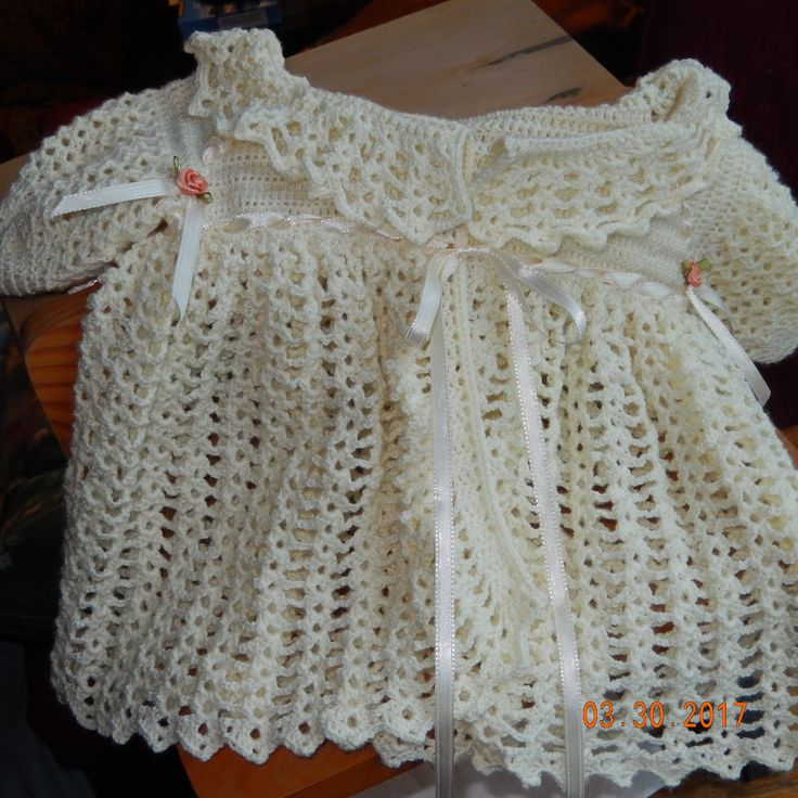 Baby sweater made by MrsGoogie Willis 3/2017 YouTube pattern ~ Canesú Vestido Ropón Ganchillo Crochet Baby Dress DIY RNENOC