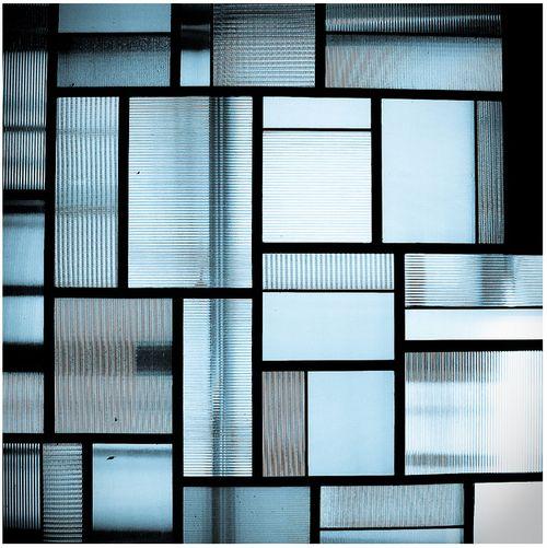 shari-vari:  Fluted Glass Panels Designed by Robert Mallet Stevens