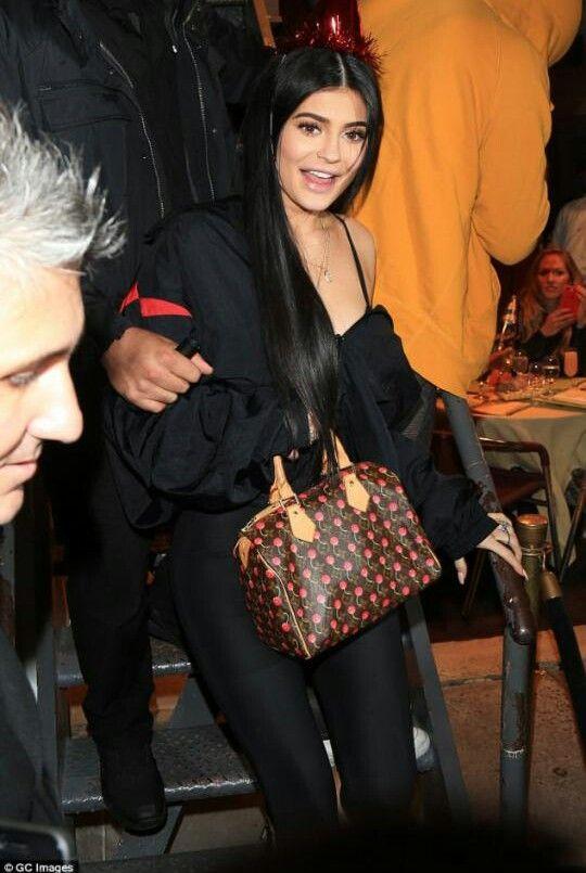 Kylie Jenner 2017 pinterest Oliksialucretia suzaneone