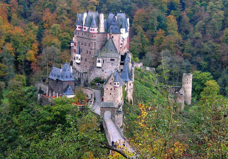 Eltz Castle Tourism 2017