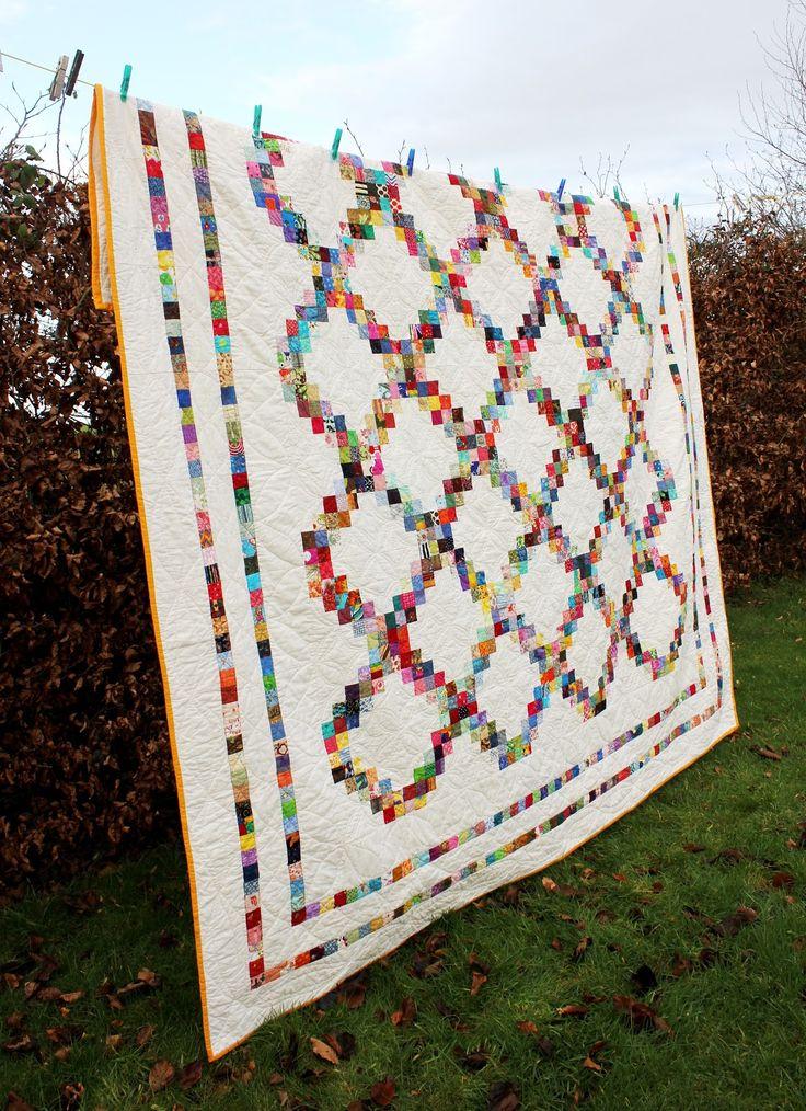 Scrappy Irish Chain Quilt Pattern | Fluffy Sheep Quilting: FINALLY!