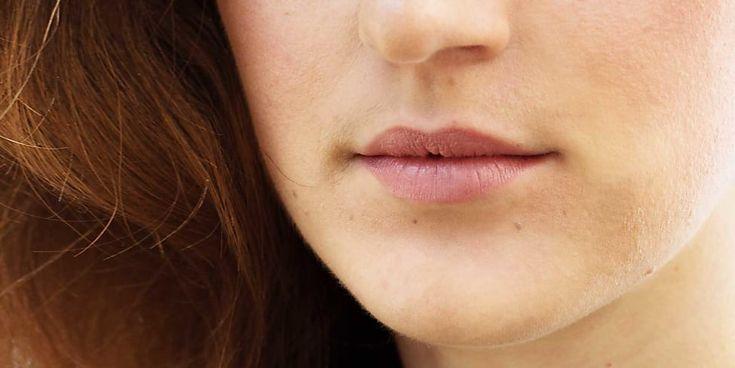 Rosenholz Lippenstifte: Die Top 5 ✓ Lippenpflege ✓ Dezentes Rosé ✓ Lippen natürlich schminken ✓ Den richtigen Rosenholz-Ton finden ✓ – Alle Infos hier »
