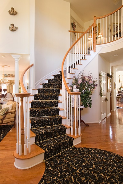 Zoroufyu0027s Heritage Collection Stair Rods In A Polished Brass Finish With  Crown Finials On A Staircase