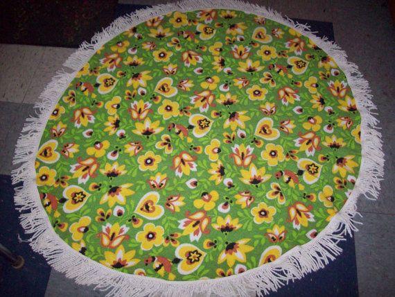 Vintage 70s Round Terry Cloth Bright Flower Bird Print Tablecloth / Summer Picnic Tablecloth / Retro Atomic Pad Kitchen Kitsch