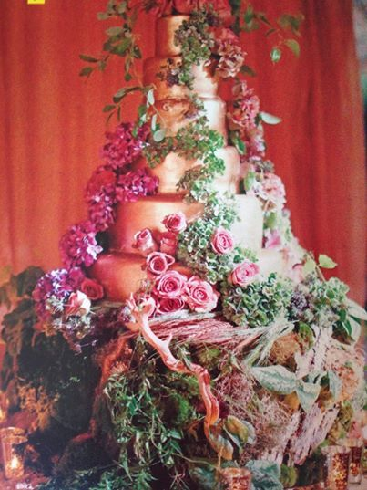 Jessica Simpson's wedding cake - reminds me of a Midsummer's Night Dream, wild but beautiful