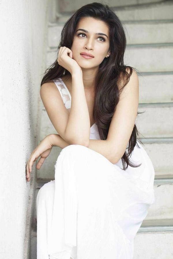 Bollywood Actress Kriti Sanon...so gorgeous!